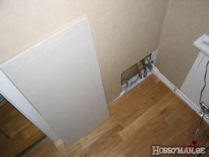 Ordentlig lagning och större hål i väggen.
